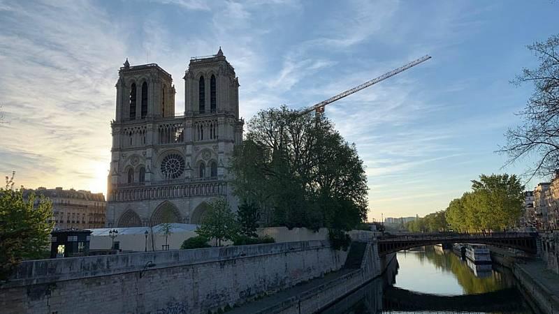 Las mañanas de RNE con Íñigo Alfonso - La reconstrucción de Notre Dame, sin avances un año después del incendio - Escuchar ahora