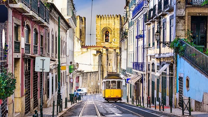 24 horas - ¿Por qué a Portugal le ha afectado menos la pandemia? - Escuchar ahora