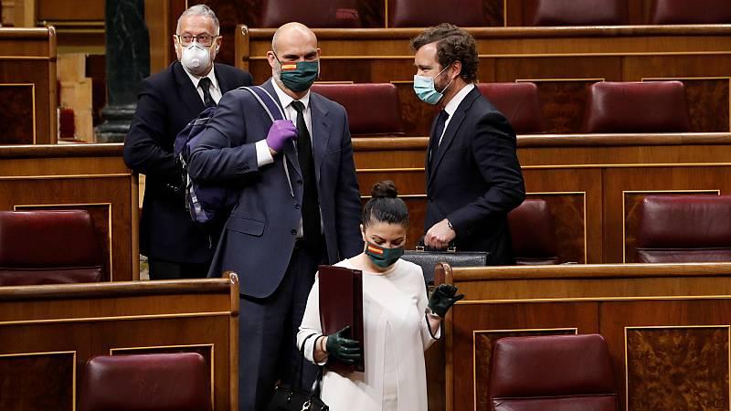 Boletines RNE - El PSOE denuncia a VOX ante la Fiscalía por incitación al odio - Escuchar ahora
