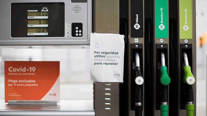 Las Mañanas de RNE con Íñigo Alfonso - ¿Cuánto nos costaría repostar si el petróleo fuera gratis? - Escuchar ahora