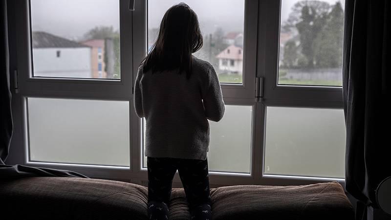 España a las 8 Fin de Semana - Explicar la situación sin alarmismo y dar paseos por zonas de campo, entre las recomendaciones de Save the Children - Escuchar ahora