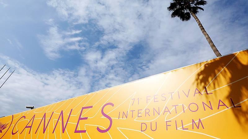 Boletines RNE - San Sebastián, Venecia y Cannes combaten al coronavirus con cine - Escuchar ahora