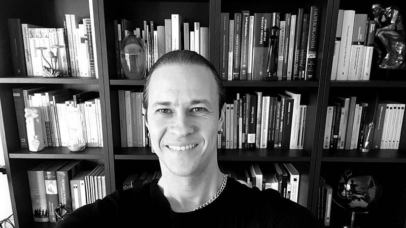 El ojo crítico - 'Memento mori', 12 breves ensayos para pensar la cotidianidad - Escuchar ahora