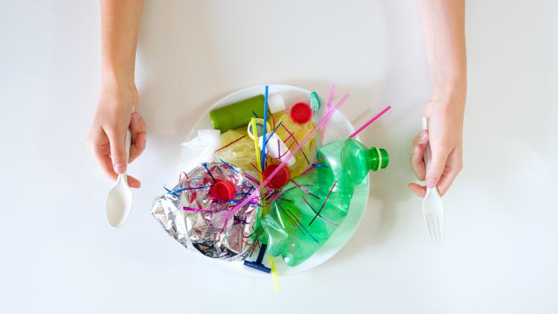 Todo Noticias Tarde - El consumo masivo de plásticos de un solo uso durante la pandemia  - Escuchar ahora