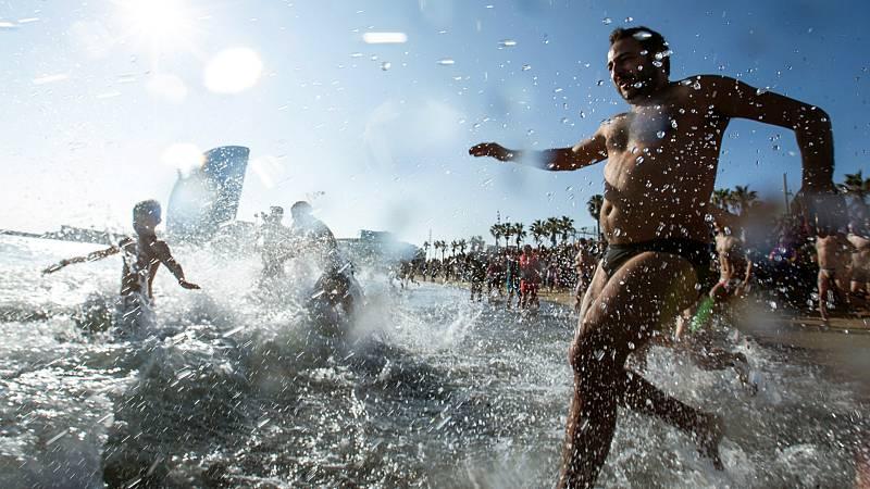 14 horas - El CSIC ve poco probable contagiarse durante el baño en playas y piscinas - Escuchar ahora