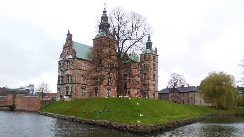 Espacio en blanco - Los fantasmas del castillo danés - 10/05/20 - escuchar ahora