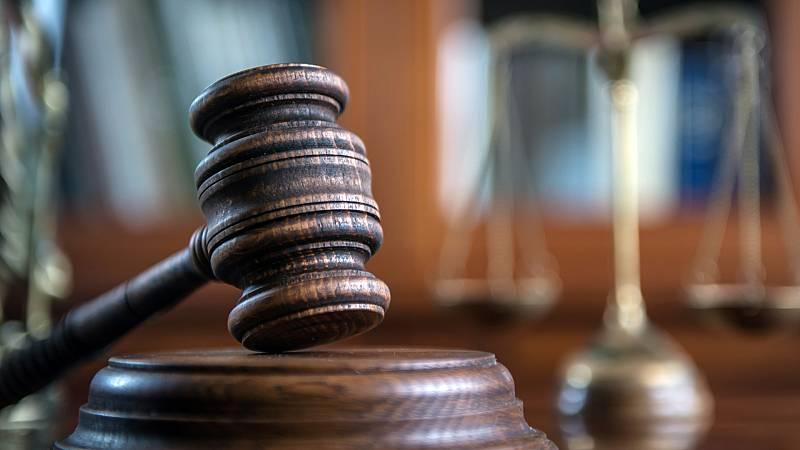 Boletines RNE - Los juzgados vuelven a la actividad este martes - Escuchar ahora