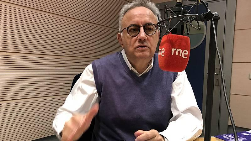 Diálogo y espejo - José Teruel: 'Los cuentos de Martín Gaite están unidos por la extrañeza de lo cotidiano'  - 16/05/20 - escuchar ahora