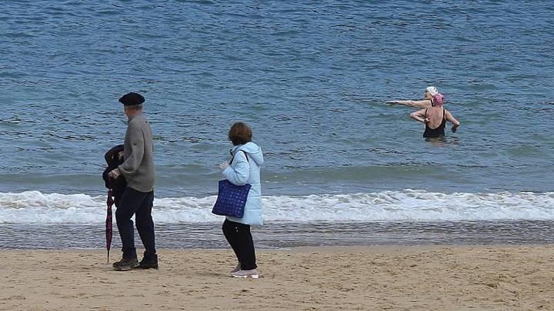 24 horas fin de semana - 20 horas - Más espacio público, servicios y playas para disfrutar en islas de Canarias - Escuchar ahora