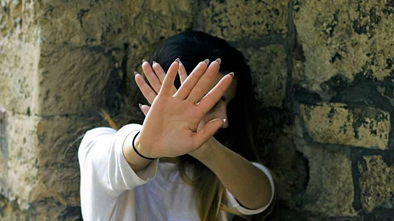 Las mañanas de RNE con Íñigo Alfonso - Se disparan las llamadas al 016 contra la violencia de género - Escuchar ahora