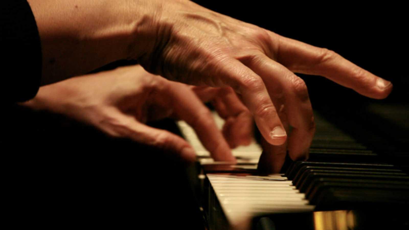 A compás - Danza y música. Rosa Torres-Pardo - 21/05/20 - escuchar ahora