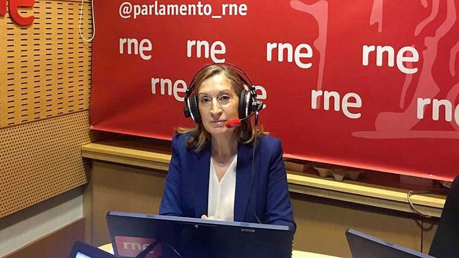 "Parlamento - Radio 5 - Ana Pastor (PP): ""Le pedimos al PSOE que nos aseguren que esto no va a ser un paripé, espero que no haya un documento cerrado ya de antemano"" - Escuchar ahora"