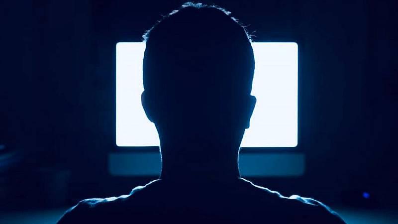 No es un día cualquiera - Exceso de pantallas y escritores científicos - Tercera hora - 24/05/20 - escuchar ahora