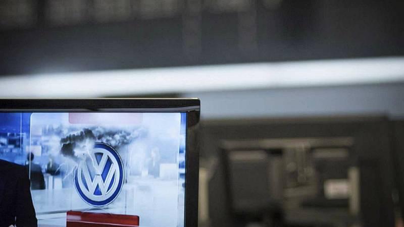 Boletines RNE - La justicia alemana reconoce que los dueños de Volkswagen manipulados tienen derecho a indemnización - Escuchar ahora