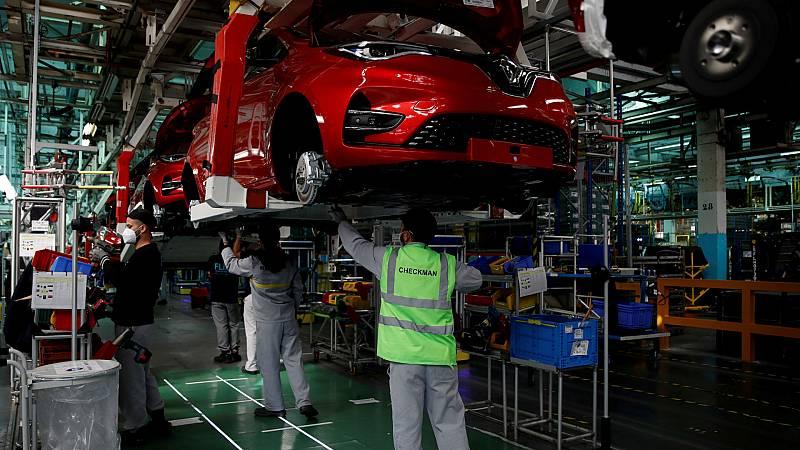 Las mañanas de RNE con Íñigo Alfonso - Renault despide a 15.000 trabajadores en todo el mundo - Escuchar ahora