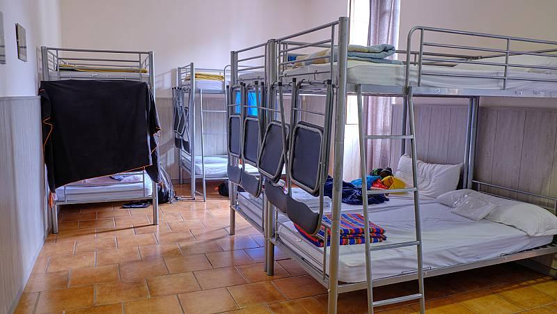 14 horas - Los albergues españoles afrontan la vuelta con incertidumbre y reclaman más ayudas para el sector - Escuchar ahora
