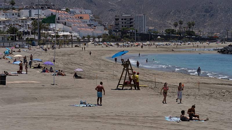 Las mañanas de RNE con Íñigo Alfonso - Las pymes canarias confían en que los turistas internacionales puedan - Escuchar ahora