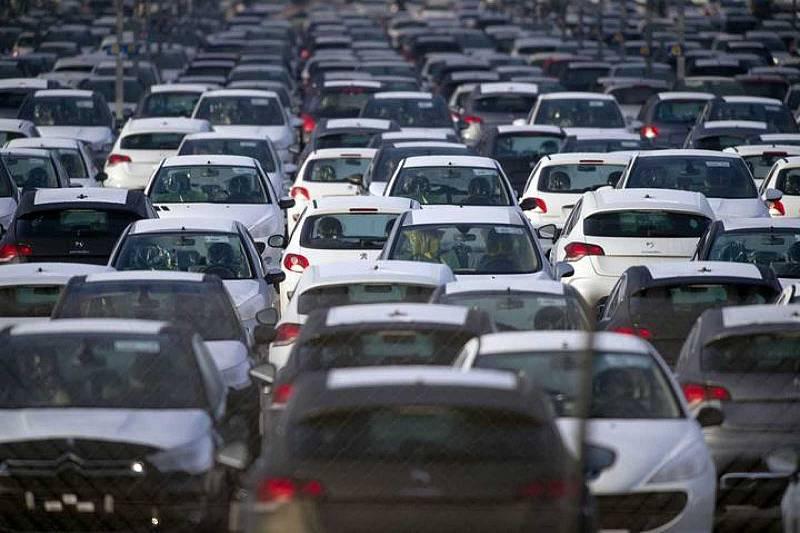 14 horas - La industria auxiliar del automóvil ve peligrar hasta 22.500 empleos este año