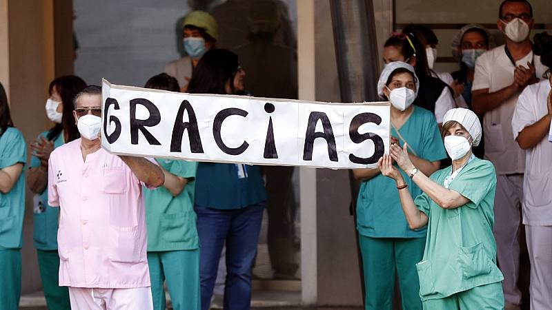 Por tres razones - Un joven impulsa el Princesa de Asturias a los sanitarios - 04/06/20 - escuchar ahora