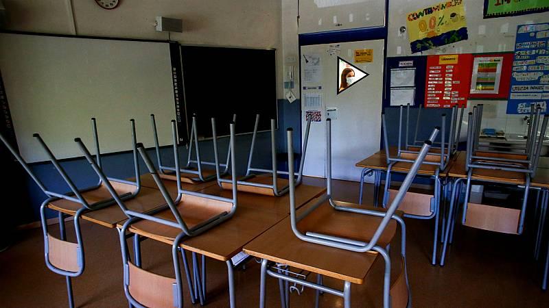 Las mañanas de RNE con Íñigo Alfonso - Buscar colegio sin saber si los niños podrán acudir a las aulas - Escuchar ahora