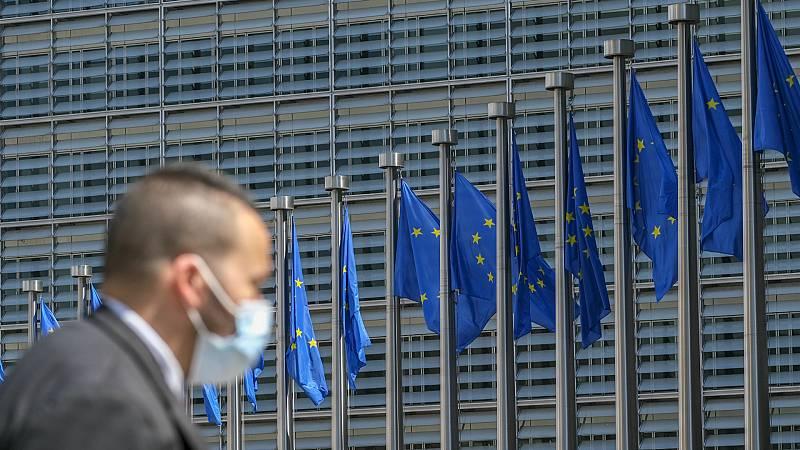 Boletines RNE - La economía de la eurozona cayó un 3,6% en el primer trimestre - Escuchar ahora