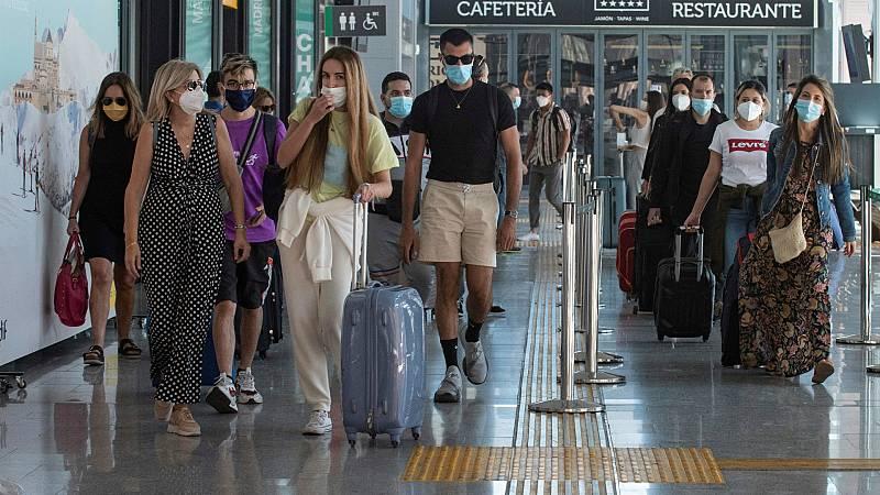 Boletines RNE - La OCDE alerta de que España será el país que más sufrirá si hay un rebrote del coronavirus - Escuchar ahora