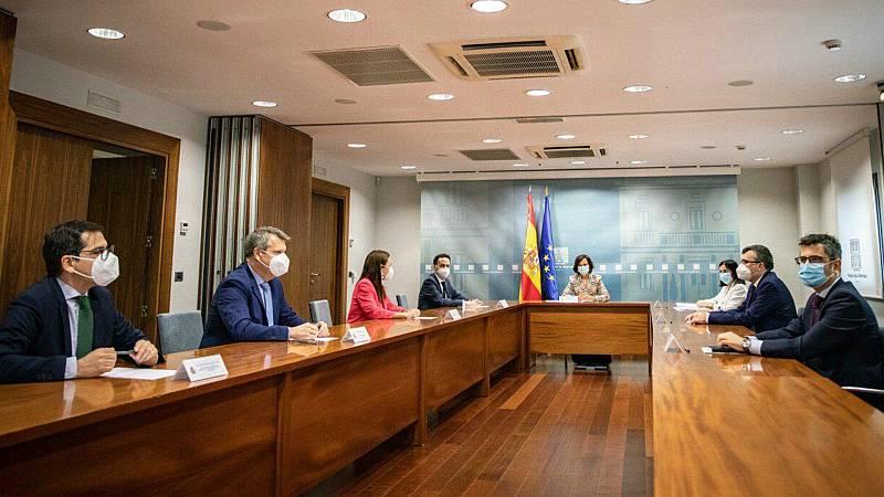 14 horas - Gobierno y Ciudadanos escenifican su acercamiento con una reunión en La Moncloa - Escuchar ahora