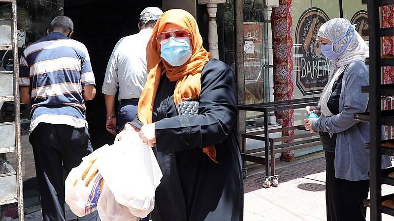 14 horas fin de semana - Egipto impone el toque de queda ante el aumento de contagios y muertes por coronavirus - Escuchar ahora