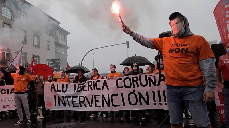 14 horas Fin de Semana - Los trabajadores de la industria electrointensiva, en pie de guerra para evitar el cierre y los despidos - Escuchar ahora