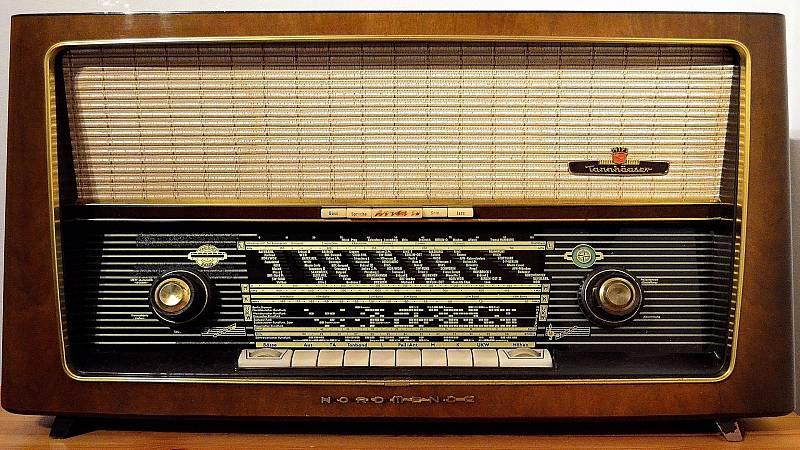 Sonideros: Dj Bombín - Melodías de Montacargas - 28/06/20 - escuchar ahora