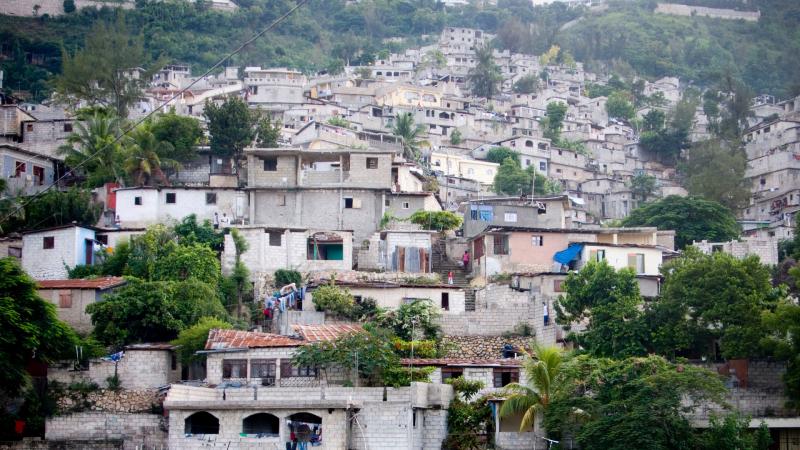 Todo Noticias -Tarde - Sin respuesta para las personas desplazadas en Centroamérica - Escuchar ahora