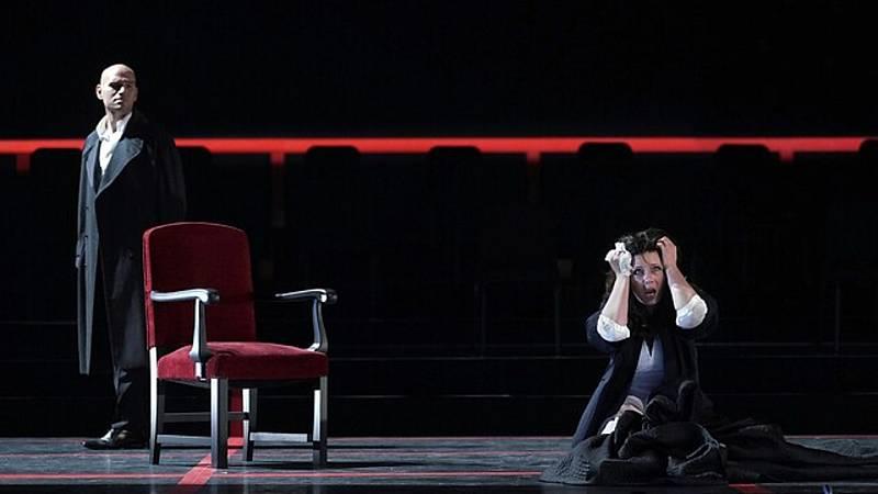Por tres razones - La Traviata inaugura la temporada del Teatro Real - Escuchar ahora