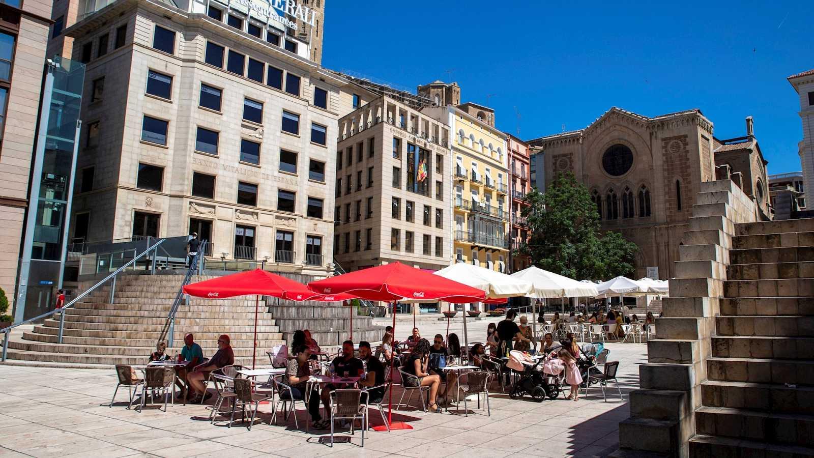 14 horas Fin de Semana - El Govern suspende las visitas a las residencias y restringe la movilidad en Lleida y la comarca del Segrià - Escuchar ahora