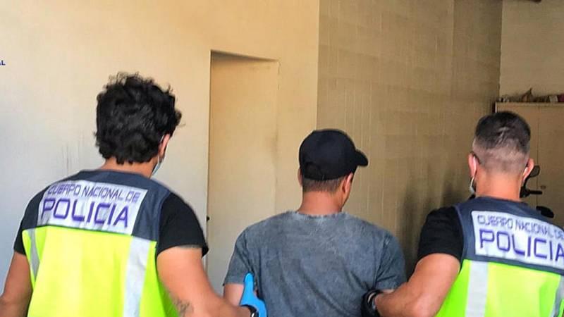 14 horas fin de semana - La policía Nacional desarticula una red profesionalizada en el tráfico de personas - Escuchar ahora