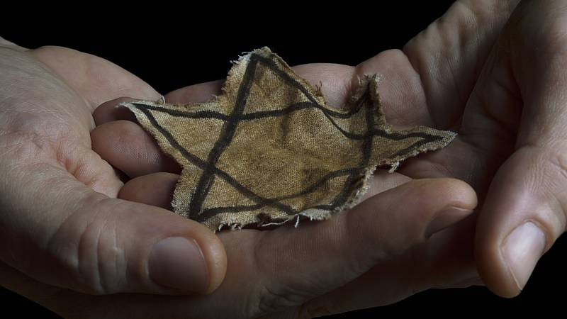 """24 horas - La vida imaginada: """"La historia de Herschel Grynszpan y el inicio del Holocausto"""" - Escuchar ahora"""
