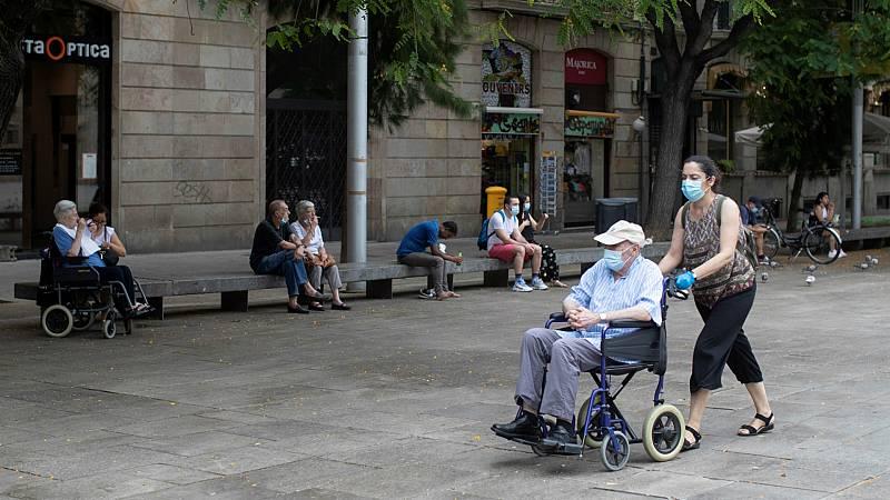Boletines RNE - En Cataluña, uso obligatorio de mascarillas - Escuchar ahora