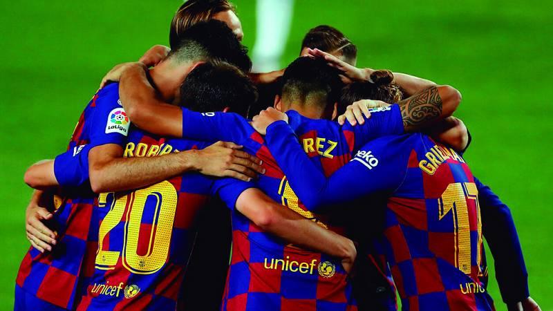 Tablero deportivo - El F.C. Barcelona certifica el descenso del R.C.D. Espanyol - Escuchar ahora