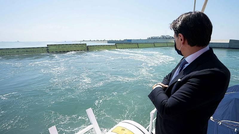 14 horas - Venecia prueba el Proyecto Moisés que la salvará del agua alta - Escuchar ahora