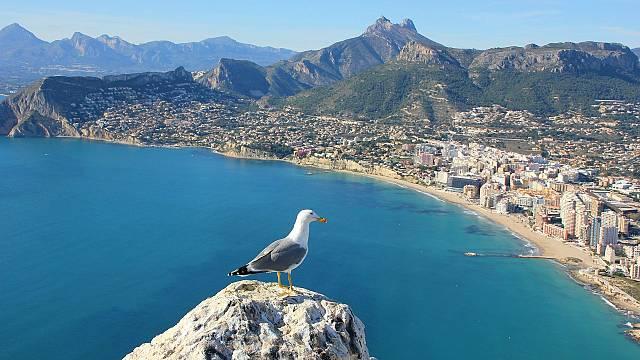 Alicante, de la playa a las alturas