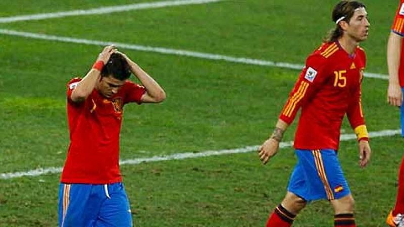 """Audio: Del Bosque, tras la derrota ante Suiza: """"Primero convercerlos de que no habíamos jugado tan mal"""""""