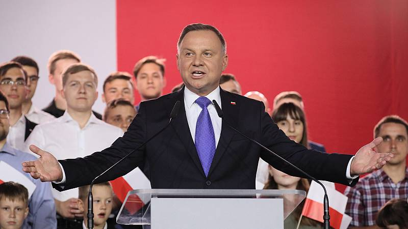 Europa abierta - Polonia no cambia. Andrzej Duda reelegido presidente - escuchar ahora