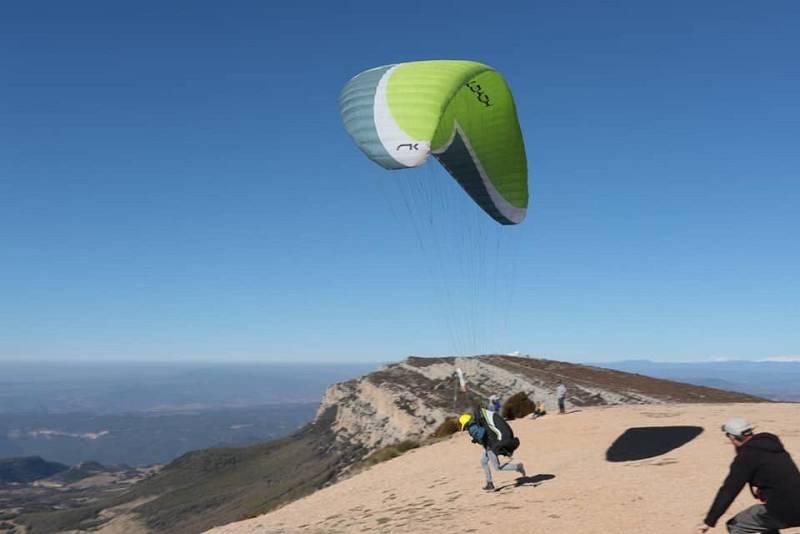 Més que esport - D'Àger al cel! Volem amb #parapent i conversem amb un dels pioners, en Gustavo Pérez