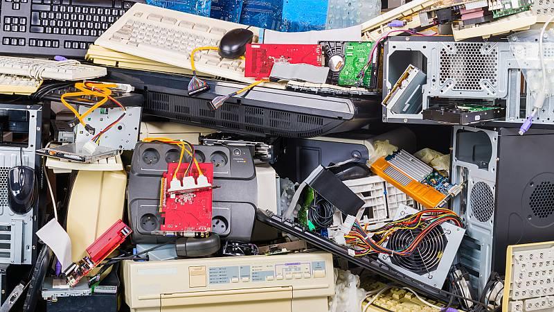 En un mundo feliz en Radio 5 - Residuos de aparatos electrónicos - 18/07/20 - Escuchar ahora