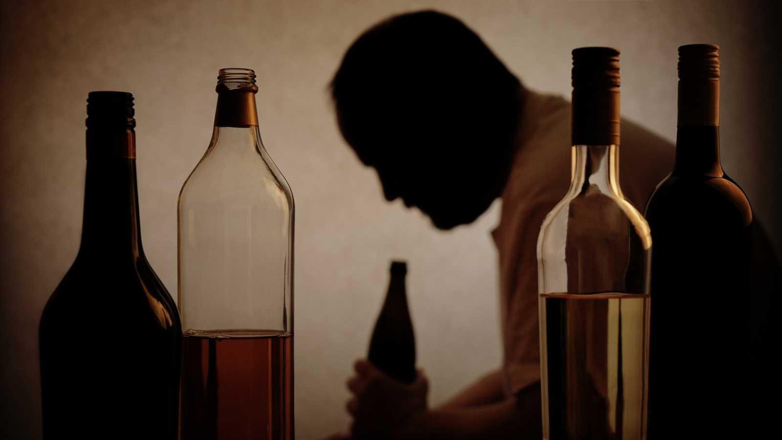 Adicciones - Alcohol y trabajo - 22/07/20 - Escuchar ahora