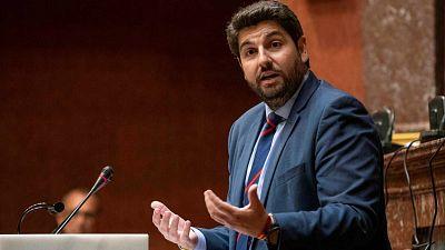 """Las Mañanas de RNE - López Miras cree que los """"nulos e ineficaces"""" controles en Barajas son el origen de los brotes de Murcia - Escuchar ahora"""