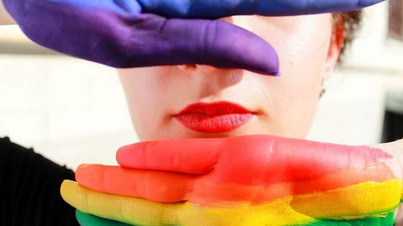 Wisteria Lane - Recordamos los temas que han marcado el activismo LGTBI+ en esta décima temporada - 26/07/20 - Escuchar ahora