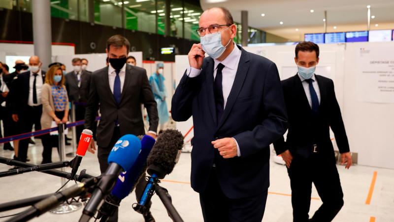 Boletines RNE - Francia recomienda no viajar a Cataluña por los últimos rebrotes - Escuchar ahora