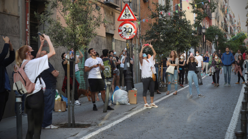 Las mañanas de RNE -  Las asociaciones vecinales claman contra las nuevas terrazas - Escucha ahora