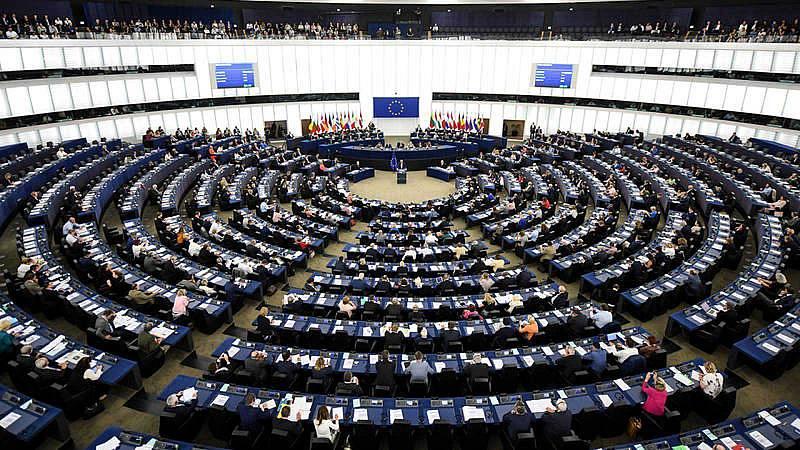Europa abierta - La crisis del coronavirus sirve para acelerar el proceso de construcción europea - escuchar ahora