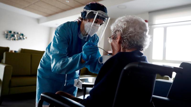 Boletines RNE - Repuntan con fuerza los contagios por coronavirus en España  - Escuchar ahora